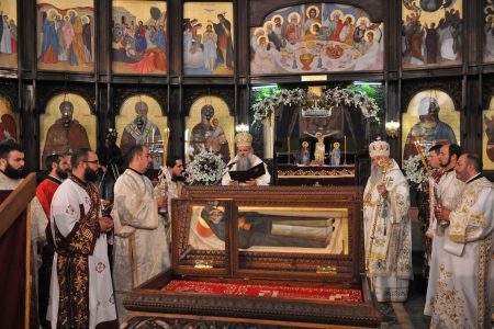 Канонизиран за светител – преподобниот архимандрит Јоаникиј од Ракотинци