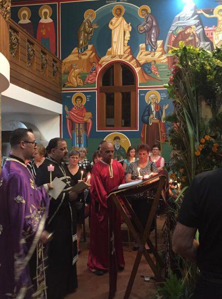 """Утрена богослужба и Оплакување Христово во храмот """"Свети пророк Илија"""" во Квинбијан (Нов Јужен Велс)"""