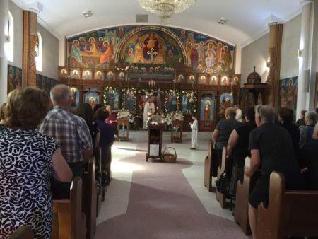 """Воскресение Христово (2 ден) во храмот """"Света Петка"""" во Рокдејл, Сиднеј (Нов Јужен Велс)"""